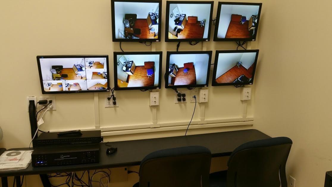 سیستم دوربین مدار بسته با میکروفون های صوتی برای اتاق های آموزش پزشکی دانشگاه