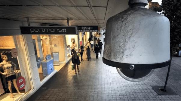 نصب دوربین مدار بسته در مکانهای عمومی