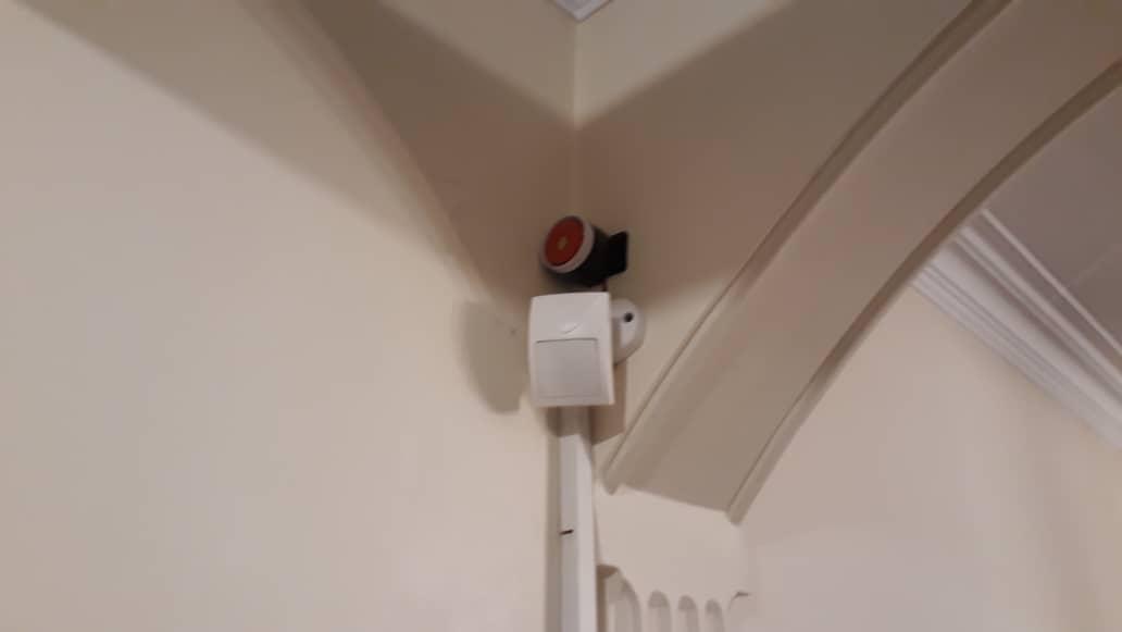 نصب سنسور دزدگیر در پاسیو یک منزل در تهران